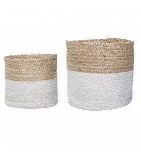 White raffia baskets (set of 2)